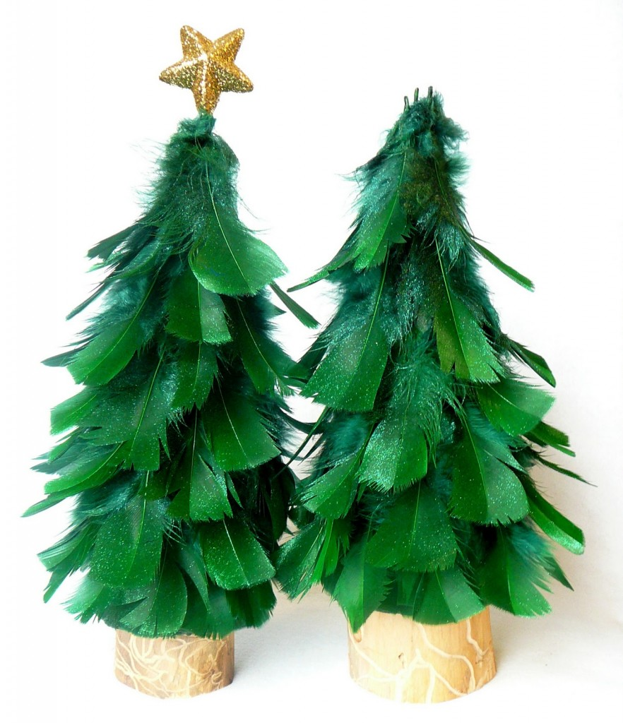 Diy mini feather christmas tree feather out for Synthetic feathers for crafts